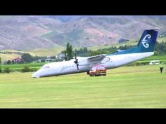 Air New Zealand Dash8 Q300 ZK-NLG nose gear up landing
