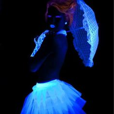 Glowing Glamour Black Light Photo Designing and Creativity in… Neon Photography, Portrait Photography, Light Shoot, Neon Glow, Glow Party, Glamour, Light Painting, Mode Inspiration, Festival Fashion