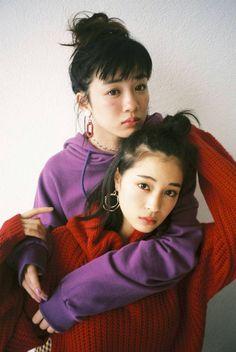 Japanese Couple, Japanese Girl, Couple Photography Poses, Portrait Photography, Pose Reference Photo, Fashion Poses, Portrait Poses, Japanese Models, Couple Posing