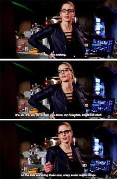Arrow Felicity, Oliver And Felicity, Felicity Smoak, The Cw Shows, Dc Tv Shows, Supergirl Dc, Supergirl And Flash, Arrow Memes