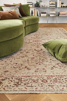 Crafted of 100 percent wool that is meticulously hand-knotted, our Cassia rug has a warm vintage look that brings one-of-a-kind elegance to your room. Entryway Furniture, New Furniture, Bookcase Wall Unit, Wall Units, Modern Storage Boxes, Modern Baskets, Modern Entryway, Wall Installation, Chair And Ottoman