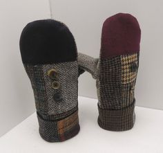 Womens mittens, Wool mitten,recycled wool mitten, Recycled mens suit coat,