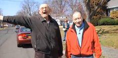 De är varandras allra bästa vänner och de är hela 85 år gamla http://blish.se/742f4f78ec #vänskap #glädje #vänner #kärlek