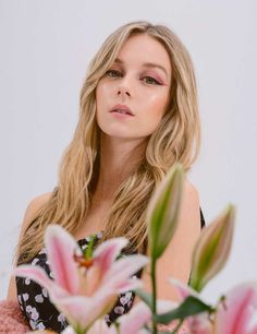 Netflix, Lily Rose Depp, Corte Y Color, Jessica Chastain, Trends, Pretty Eyes, Celebs, Celebrities, Eye Make Up