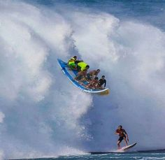 Surfing holidays is a surfing vlog with instructional surf videos, fails and big waves Big Waves, Ocean Waves, Jamie O Brien, Wind Surf, Big Wave Surfing, Surfing Pictures, Surf City, Windsurfing, Surfs Up