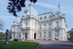 Craiova, Romania - Jean Mihail Art Museum  (Baroque Architecture in Romania)    Copyright www.RomaniaTourism.com