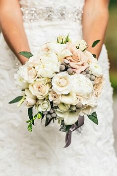 Neutral Bouquet
