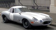 https://www.classicdriver.com/de/article/jaguar-e-type-38-si-low-drag-coupé-willkommen-im-club