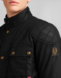This classic motorcycle jacket features European standard protectors for optimum safety. Shop the Brooklands motorcycle jacket from Belstaff UK. Mens Shearling Jacket, Men's Leather Jacket, Belstaff Jackets, Mens Outdoor Jackets, Waxed Cotton Jacket, Moto Style, Men's Wardrobe, Style Me, Chef Jackets