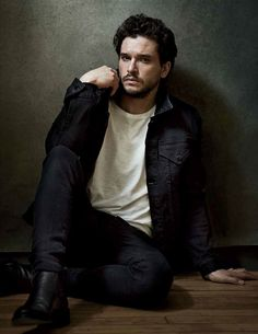 Kit Harington talks Game of Thrones for Variety's latest cover story. Photographed by Richard Phibbs, Harington connects with the publication to discuss life after the hit HBO show. Now that he's finished taping Game of Kit Harrington, George Clooney, Fantasy Male, Contemporary Photographers, Looks Style, Winter Soldier, Sebastian Stan, Gorgeous Men, Male Models