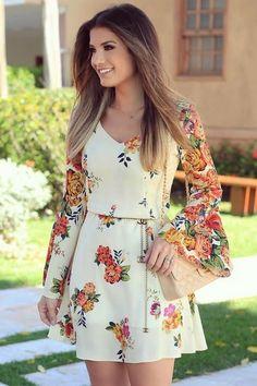 ผลการค้นหารูปภาพสำหรับ trend alert looks Casual Dresses, Short Dresses, Casual Outfits, Fashion Dresses, Summer Dresses, Floral Fashion, Pretty Dresses, Beautiful Dresses, Mode Hijab