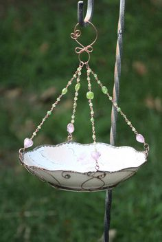 Vintage Floral Shabby Chic Bowl, bird bath or bird feeder, upcycle, repurposed, recycled Vintage bowl. $50.00, via Etsy.