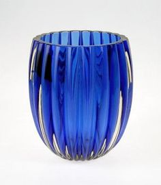 Manufactured in lilac, blue, green and brown. Yves Klein Blue, Green And Brown, Blue Green, Himmelblau, Duck Egg Blue, Cobalt Blue, Decorative Bowls, Lilac, Glass Art