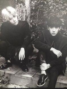 2016 EXO Season's Greetings China ver. Calendar. Baekhyun and Chanyeol