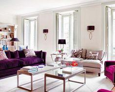 a interiorista Luisa Olazábal, autora del espacio y también del sofá y las mesas.