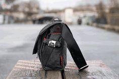 En amateurs de sacs photo, nous avons testé The Everyday Messenger de Peak Design. Est-ce le sac photo parfait ? Découvrez-le dans notre test.