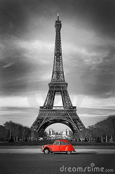 Eiffel Tower With Old French Red Car Royalty Free Stock Images - Image: 17295109