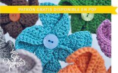 Crocheted pinwheels by Las Teje y Maneje. Crochet Girls, Love Crochet, Crochet Yarn, Crochet Stitches, Yarn Flowers, Crochet Flowers, Yarn Crafts, Sewing Crafts, Crochet Motif Patterns
