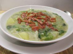 Salátafőzelék: jó fűszerezéssel nagyon finom tud lenni. Próbáld ki! Cheeseburger Chowder, Soup, Ethnic Recipes, Soups