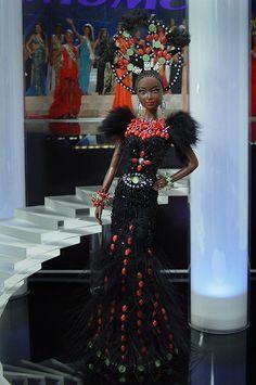 OOAK Barbie NiniMomo's Miss Mozambique 2011