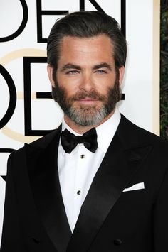 01/08/17 - 74th Annual Golden Globe Awards - Arrivals - 002 - The Chris Pine Network Photo Archive | Hosting over 49,000 images Chris-Pine.org is your #1 stop for Chris Pine images.