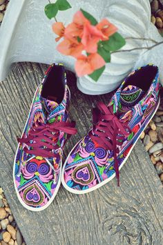 c9f189711f00e 10 Best Sneaker images | Fashion vintage, Funky fashion, Funky style
