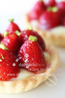 dailydelicious: Strawberry Milk tart: Try the new way to make the pastry dough.