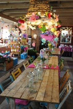 Table Inspiration~~Festive and Creative Deco Boheme, Boho Home, Bohemian Design, Bohemian Interior, Bohemian Decor, Deco Table, Decoration Table, Party Planning, Party Time