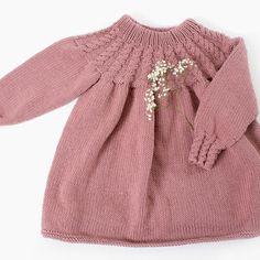 DG339-02 YLVA FLETTEKJOLE | Dale Garn Knit Baby Dress, Baby Skirt, Knit Fashion, 4 Kids, Baby Knitting, Crocheting, Knit Crochet, Girls Dresses, Pullover