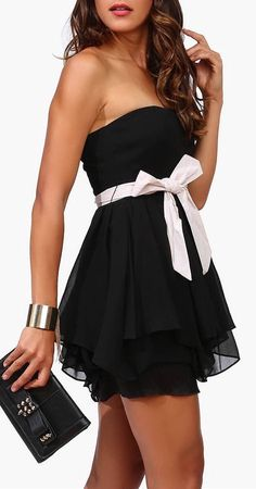 Little Black Bow Dress ♥ I want my brides made dresses to be little black dresses or something close to it!