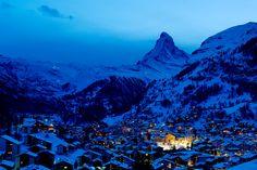 De namen Zermatt en Matterhorn verwijzen naar de alpenweiden of matten in de vallei.