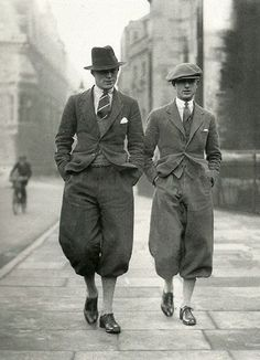 Dapper English gents in Norfolk Jackets and Plus Fours .