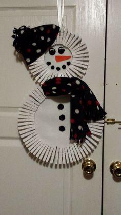clothespin wreath snowman                                                                                                                                                      More