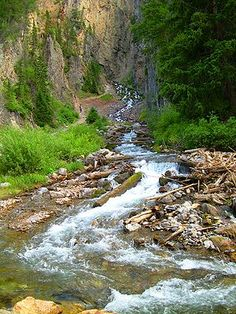 Intermittent Spring (Wyoming) - Wikipedia, the free encyclopedia