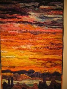 Do this with the mountain pictures I have. I've wanted to do a quilt border like the pictures of Nevada I took. This would be beautiful. by claudette Quilt Festival, Fiber Art Quilts, Landscape Art Quilts, Textiles, Art Textile, Quilting Designs, Art Quilting, Quilt Border, Small Quilts