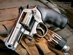 Smith & Wesson Model 686 Plus, smith & wesson, smith wesson, smith & wesson gun, smith & wesson revolver 357 Magnum, Home Defense, Self Defense, Smith N Wesson, Fire Powers, Cool Guns, Guns And Ammo, Tactical Gear, Tactical Survival