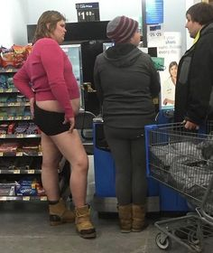 48 People Of Walmart That Will Make You LOL-17 #funnymemes #funnypictures #humor #funnypics #epicfail #haha #funny #lol #wtf #memes