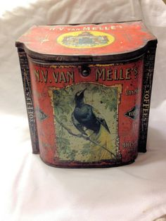 Bird Toffee Tin from Holland  N.V. Van Melle Confectioners