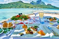 Have the best Bora Bora food and get the best value for your dollar, while eating in Bora Bora on your vacation