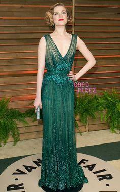Evan Rachel Wood impresses in a super sexy dress at Vanity Fair's Oscars party!