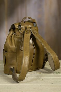 Will Rainier Bridle Leather Backpack Luggage Backpack, Backpack Bags, Fashion Backpack, Leather Cuffs, Leather Men, Leather Bags, Tote Handbags, Purses And Handbags, Backpacks For Sale