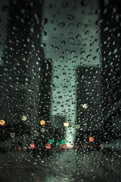 plasmatics-life:  Rain in NYC by Priyank Dwivedi | (Website)