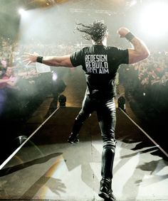 From: Davenport Iowa. Two hundred and seventeen Pounds... Seth Rollins !!
