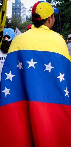 Fourteen Flags | FULL POST: http://caracasshots.blogspot.com/2012/10/fourteen-flags.html | #Caracas #Venezuela #HayUnCamino