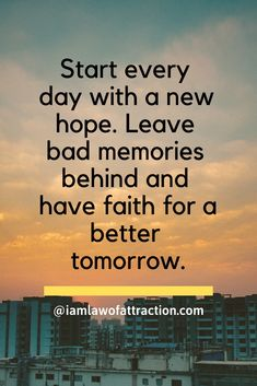 Positive Thoughts Quotes, Happy Quotes Inspirational, Motivational Quotes For Students, Inspiring Quotes About Life, Motivational Thoughts, Positive Vibes, Deep Thoughts, Small Love Quotes, Movie Love Quotes