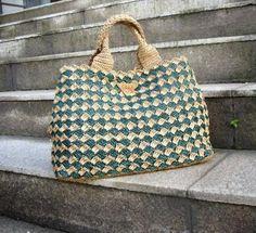 Prada style crochet bag raffia bag diamond por auntieshirley