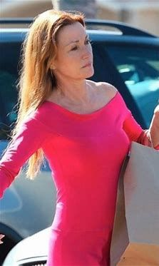 Jane seymour in spandex — img 6