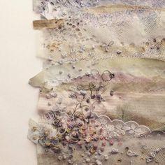 Emily Notman (@emilymixedmedia) | Twitter Creative Embroidery, Embroidery Art, Machine Embroidery, Textile Fiber Art, Textile Artists, Textiles, Applique Designs, Collage Art, Flower Art