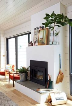Elements of Style Blog   The Blogger Book Club: Emily Henderson   Schoolhouse Electric Founder's Home