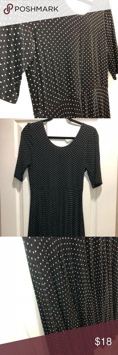 Dress polkadots Dress black and white polkadots short sleeves Forever 21 Dresses Midi